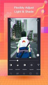 screenshot of VaporCam-Vintage Camera, Vaporwave Profile Picture version 1.9.4